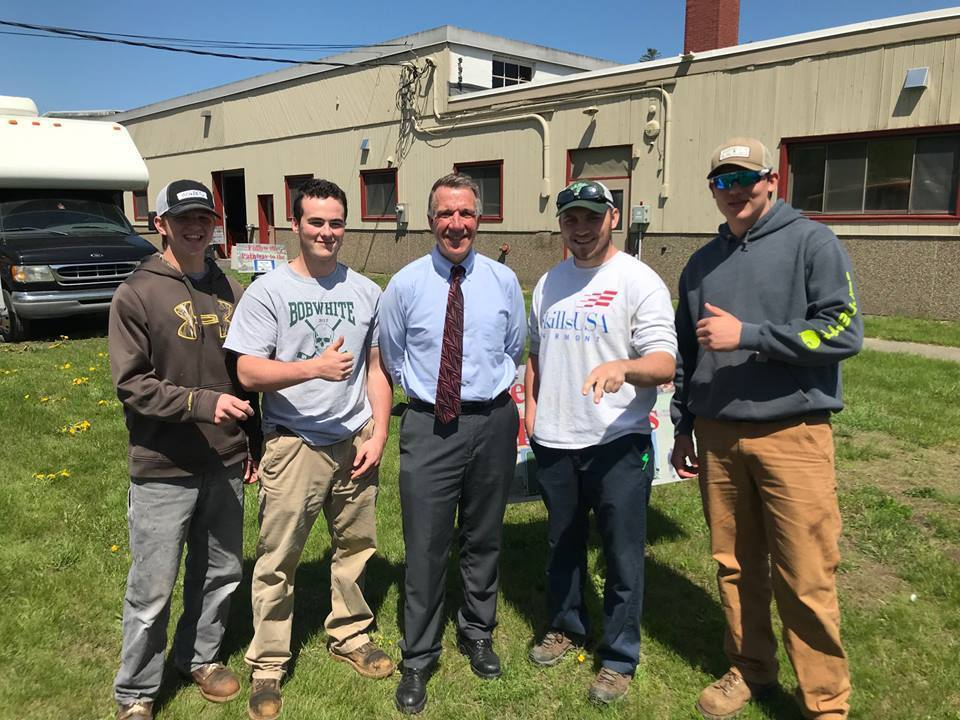 NWTC Building Trades Students Meet with Governor